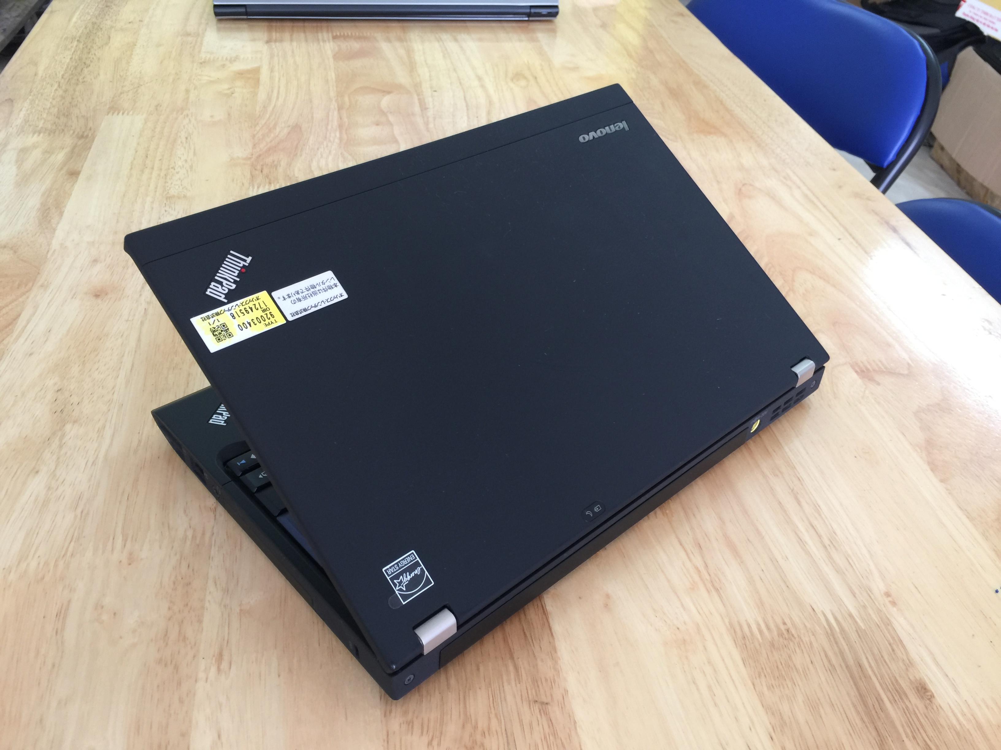 Lenovo ThinkPad X220 12.5 - Core i5 2.5GHz, 4GB RAM, 250GB HDD