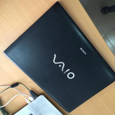 Sony vaio SVE141P13W i5-3230/4GB/500GB/ HD 4000