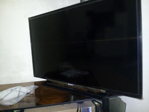 Tivi LED Sony KLV-40R452A, full HD full BOX