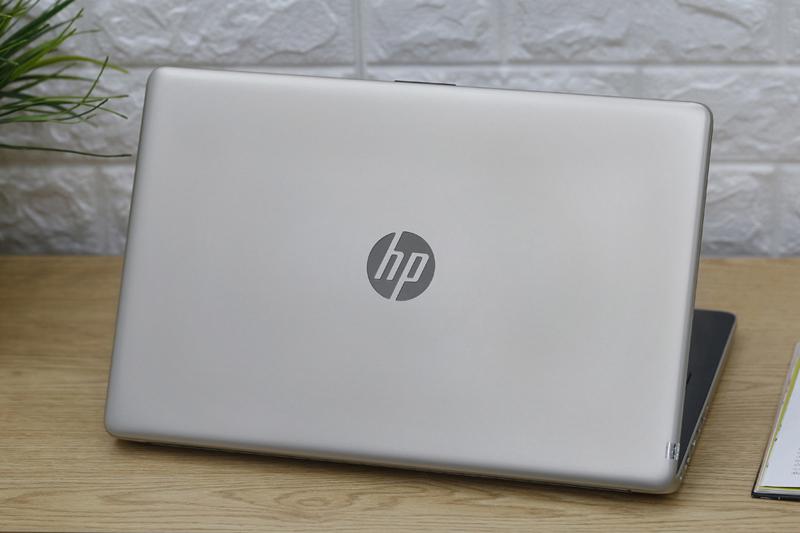 HP 15-DA0051TU- Core i3-7020U RAM 8GB HDD 500GB