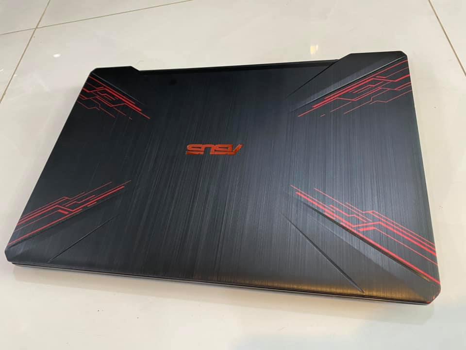 Laptop ASUS GAMIN FX504. Cpu i5-8300H (2.3GHz Upto 4.0GHz, 4 Cores 8 Threads, 8MB) /8G DDR4 /120GB SSD + 1T HDD /GTX1050 /15,6 Full HD IPS /Led phím