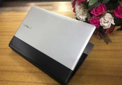 SAMSUNG 300E4Z i3-2350 ram 4gb ssd 120 gb pin lưu
